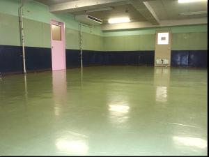 体操を行うトレーニングルーム。
